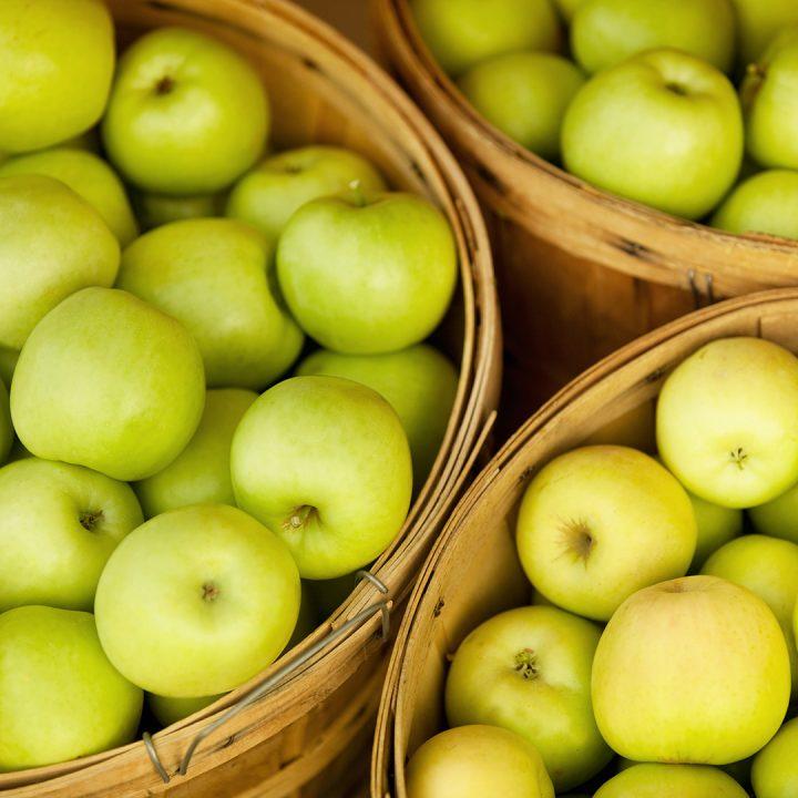 baskets of golden apples